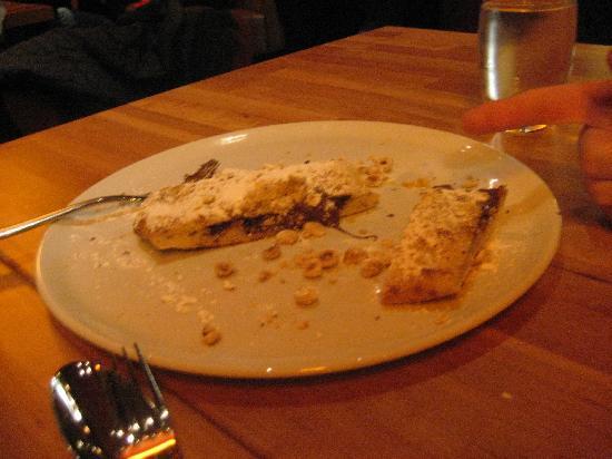 Jackson's Bar and Oven: Nutella dessert