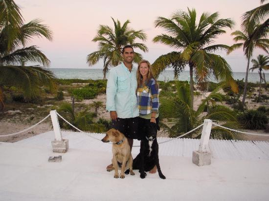 Andros Beach Club: Jesse and Chelsea with Duke and Reiley