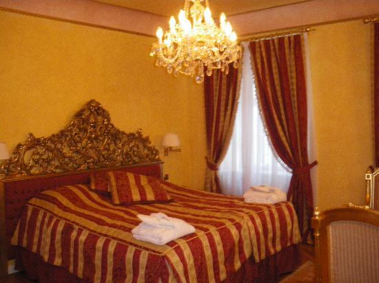 Alchymist Nosticova Palace : Room