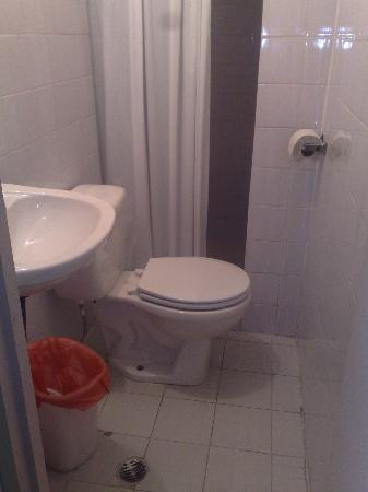 Hospedaje Casco Viejo: Baño