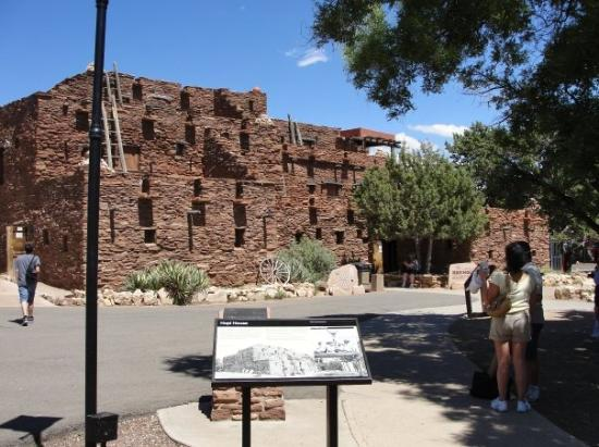 Hopi Point: The Hopi house.