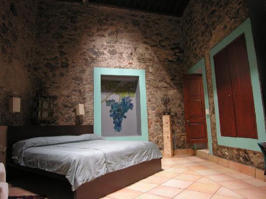 La Casa del Atrio: blue room