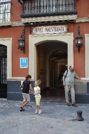 Hotel Maestranza: kids playing during the day, cute.  At night, not so much!