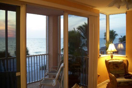 Cornerstone Beach Resort: View from the family room