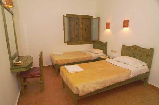 Sol Y Mar Mut Inn: Double Room