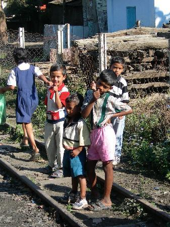 Mountain Railways of India : Kids love railways everywhere!