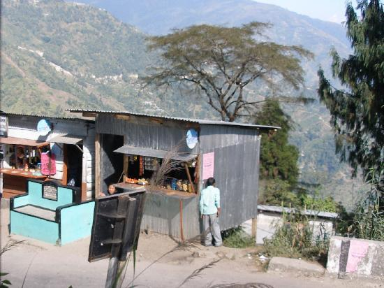 Mountain Railways of India : Shops by the roadside