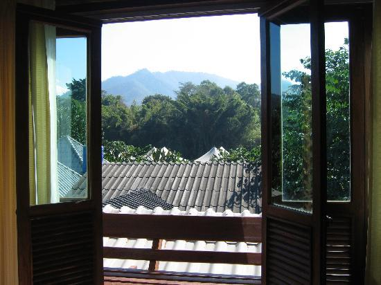 Baan Pai Roong Guesthouse: View from 2nd floor Superior Room