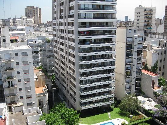 Callao Plaza Suites: Vista desde la 12B Piscina