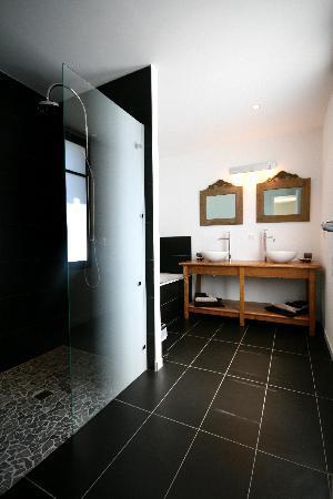 Logis des Maraichers : salle de bain suite Fusain
