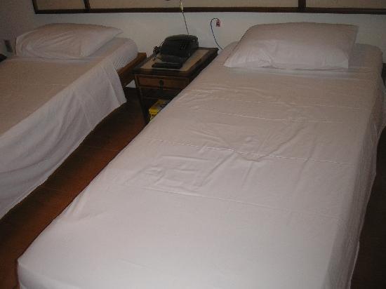 Colonial Plaza Hotel : Las camas