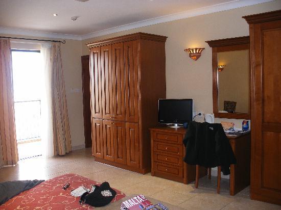 Solana Hotel and Spa: Room