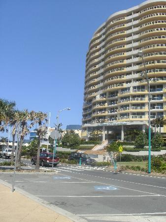Coolangatta, Avustralya: Outrigger Hotel