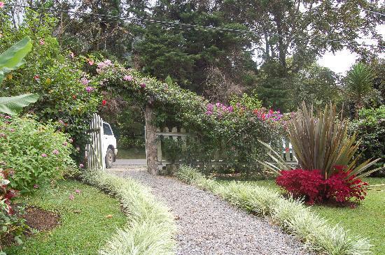 Boquete Garden Inn: entrance