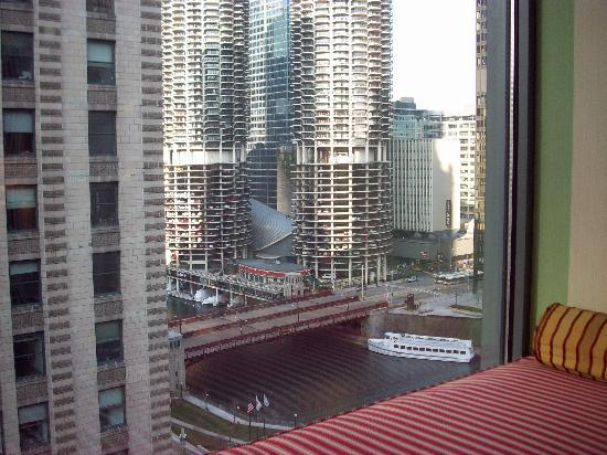 Nice room picture of kimpton hotel monaco chicago for Nice hotels in chicago downtown