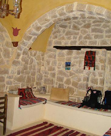 Qasr El Bawity Hotel: Front Room
