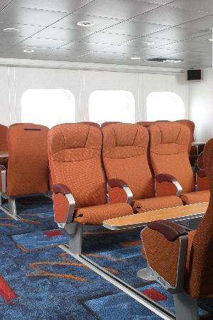Lake Express: Premier / Business Class Seating