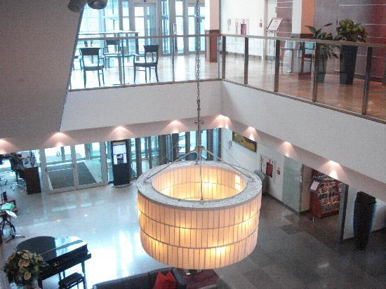 InterContinental Hotel Warsaw: Lobby