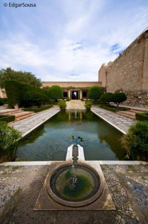 Conjunto Monumental de La Alcazaba: Alcabaza