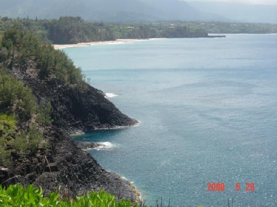 Kilauea, HI: ノースショアの海岸線