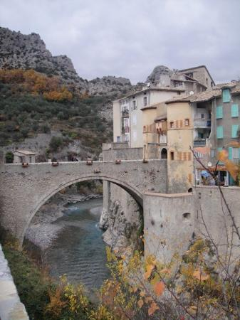 The entrance in to Entrevaux village. The only way in is over this bridge.