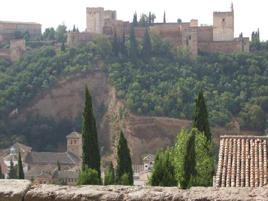 Valor, Spain: Alhambra Palace from the Albaicin