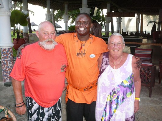 Neptune Village Beach Resort & Spa: willy and me with barman john