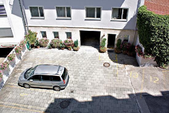 Video Clip Of Hotel Alfa Zentrum Munich Provided By Eurobookings Com