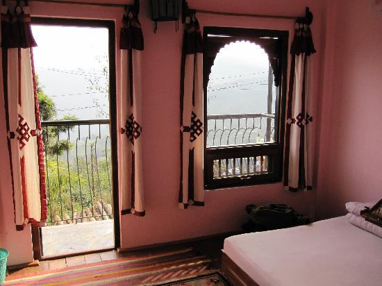 إكو هوم: The Balcony and Window in my cosy room