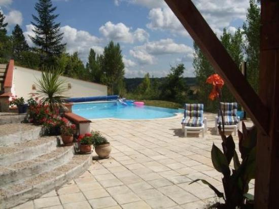 The pool at Cruzel