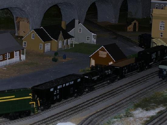 Tuckerton Junction Railroad Co. : display table