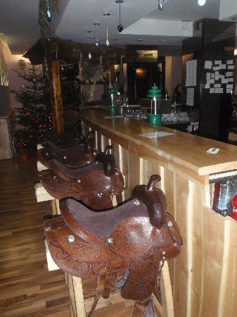Hotel Krn : Funky bar!