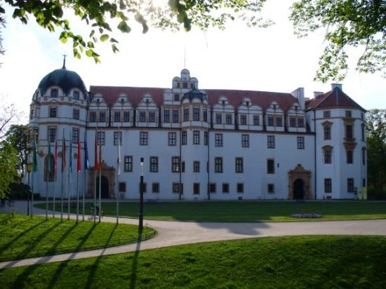 Castle for Kuke Otto der Strenge in 1292- Celle