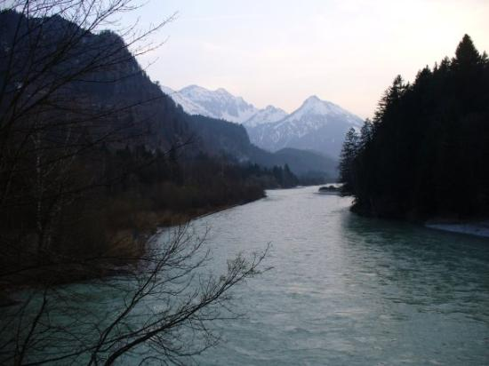 The hike up to Neuschwanstein Castle in Fussen, Germany ...
