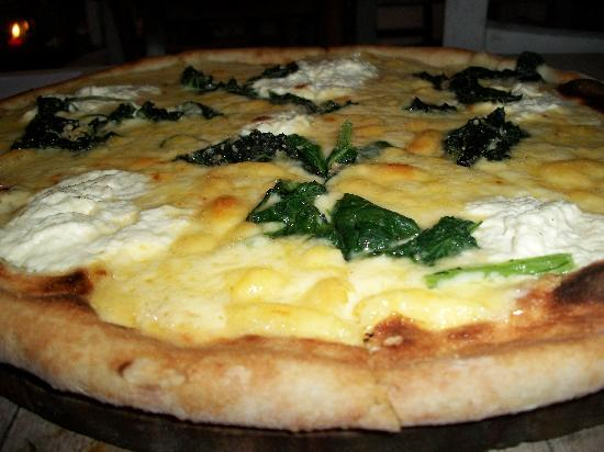 "Yamma Yaa: The ""Popeye"" pizza with Spinach, Ricotta, Mozzarella and Parmesan ...  to die for"