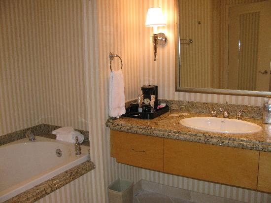 casino hotel rooms in shreveport la