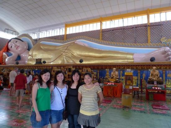 Reclining Buddha Wat Chaiyamangalaram ภาพถ่าย