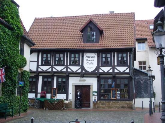 Minden, Germany: A doll museum