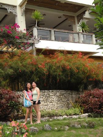 Amarela Resort: lush greenery