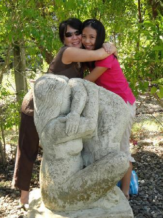 Amarela Resort: just like the statue
