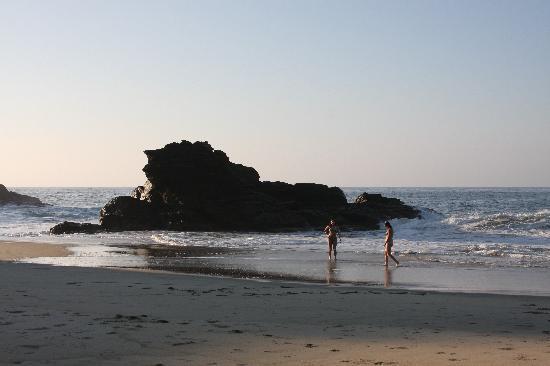 El Copal is beachfront
