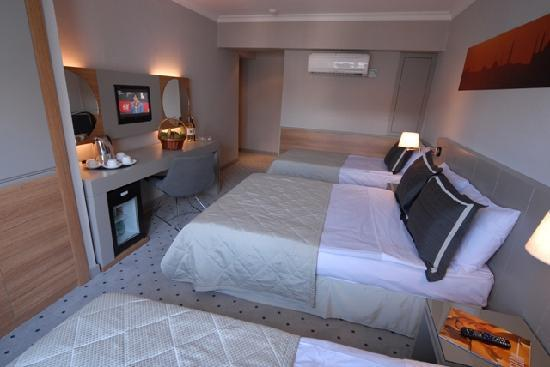 Klas Hotel: Trpl room