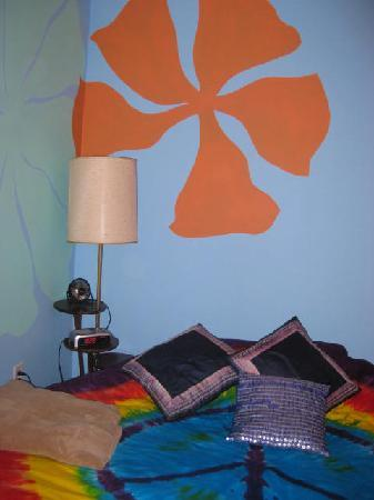 Beachside Boutique Inn: 70's Room style