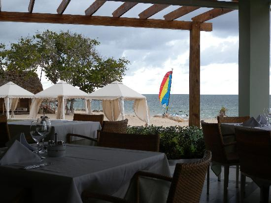 Iberostar Grand Hotel Rose Hall: Beautiful View from the Lunch Buffet!