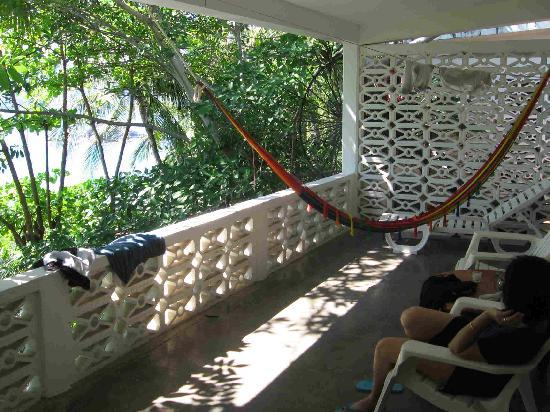 Catalina Beach Resort: A private porch for relaxing