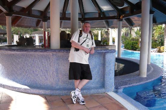 Servigroup Calypso: Pool Bar At Sol Pelicanos