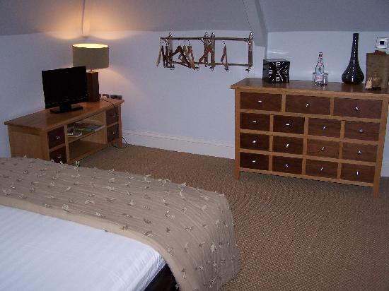 The Marine Hotel: Room 2 Upstairs Bedroom