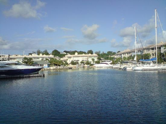 Port St. Charles: view of the lagoon from the beach side