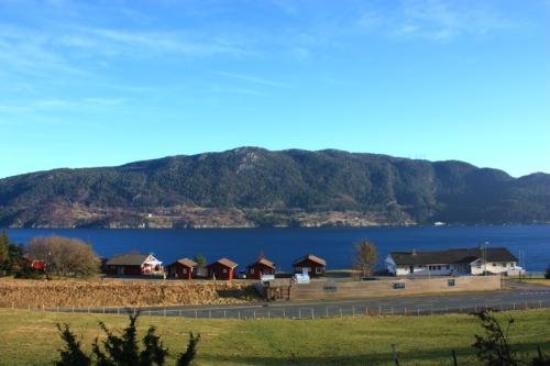 Stord Municipality, นอร์เวย์: Tolle Aussicht ueber den Fjord