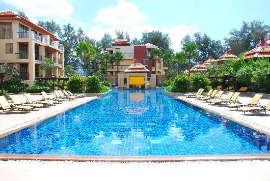 Movenpick Resort Bangtao Beach Phuket: The Pool
